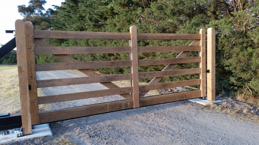 HHCS Timber Gate 3